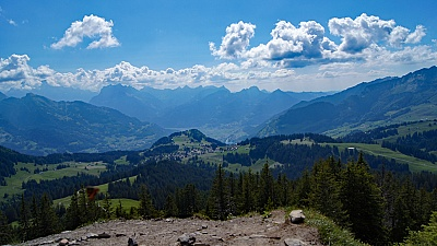 Plaine de Linth, Alpes de Glaris et de Schwyz.