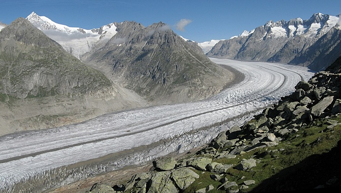Aletsch Glacier as seen from the viewing platform at Bettmerhorn Station