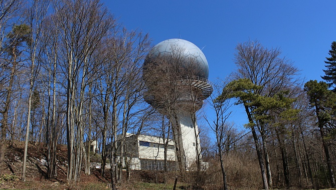 Long-range Air Traffic radar station (Skyguide). One of three in Switzerland.