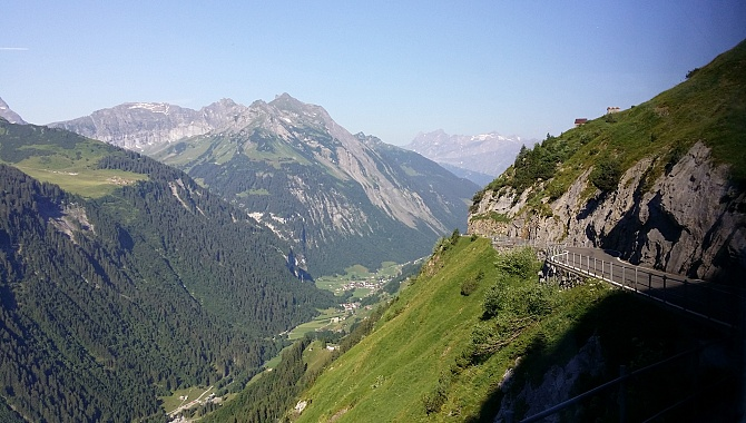 Approach to the Klausen Pass (Schächental / Schächen Valley)