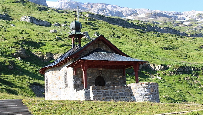 Chapel at the Klausen Pass