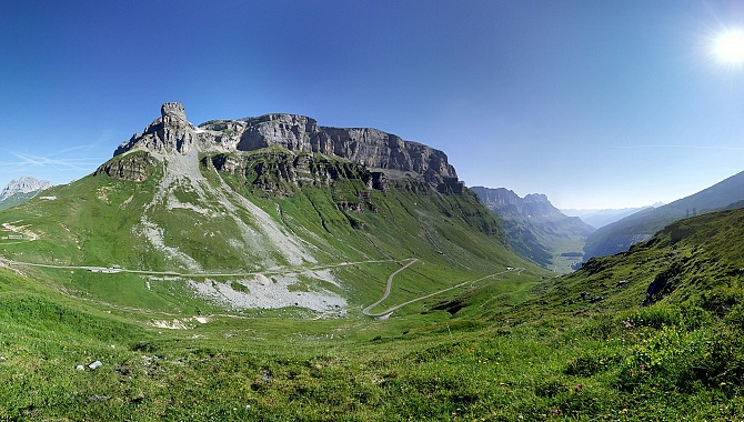 View from the Clariden Trail into the Urnerboden Valley