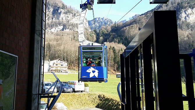 Cable car to Niederrickenbach