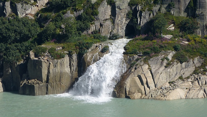 One of many water cascades along the lake