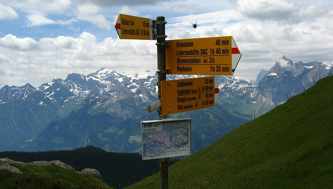 At Schön Chulm there are alternate options to descend with three different cable cars.