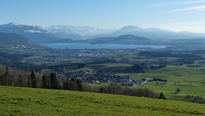 View across Lake Zug to the Bernese Alps