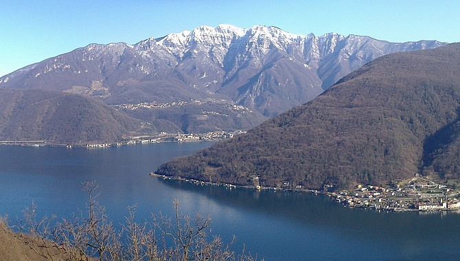 View of Lake Lugano on the descent to Vico Morcote