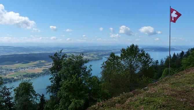 Near the summit station (at the sports school) you get a nice view over Lake Biel.