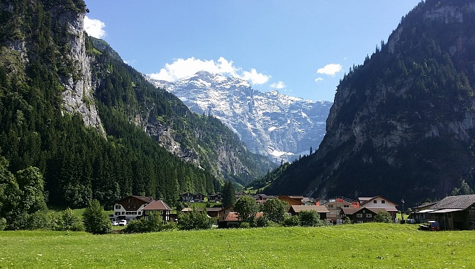 Approaching Unterschächen, this is a view into the Brunni Valley