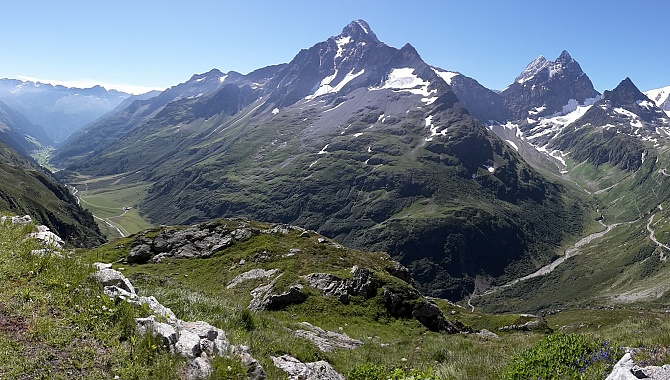 Panorama view of the Meien Valley all the way to the Susten Pass