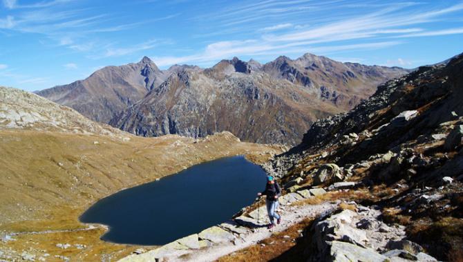 Bergwanderung zu fünf Bergseen in der Gotthardpass-Region