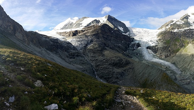 Early morning light on the Brunegg Glacier and the Turtmann Glacier