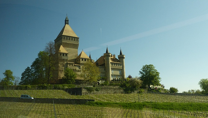 Chateau Vufflens as seen from the BAM train