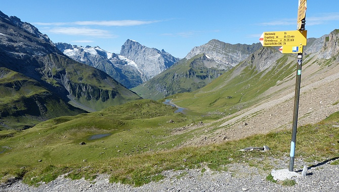 From the Surenen Pass, this is the view West (Mt. Titlis in the background)