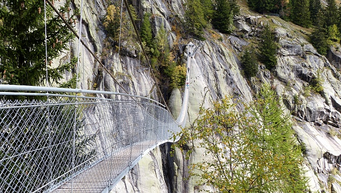 Aspi-Titter suspension bridge, completed in 2016
