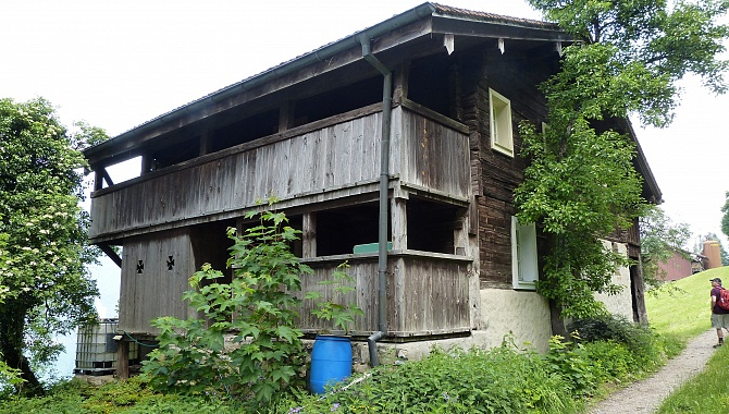 Till 2016, this 1340-built house was considered the oldest wooden house in Canton Uri