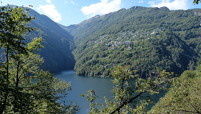 On the other side of the lake is Mergoscia, high up on the hillside
