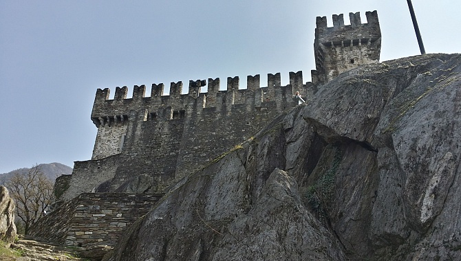 Castello di Sasso Corbaro viewed from below