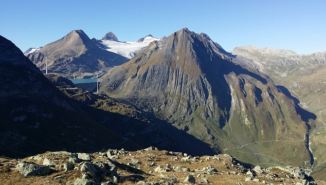 Detour to highest point for view of Lake Griessee and Gries Glacier