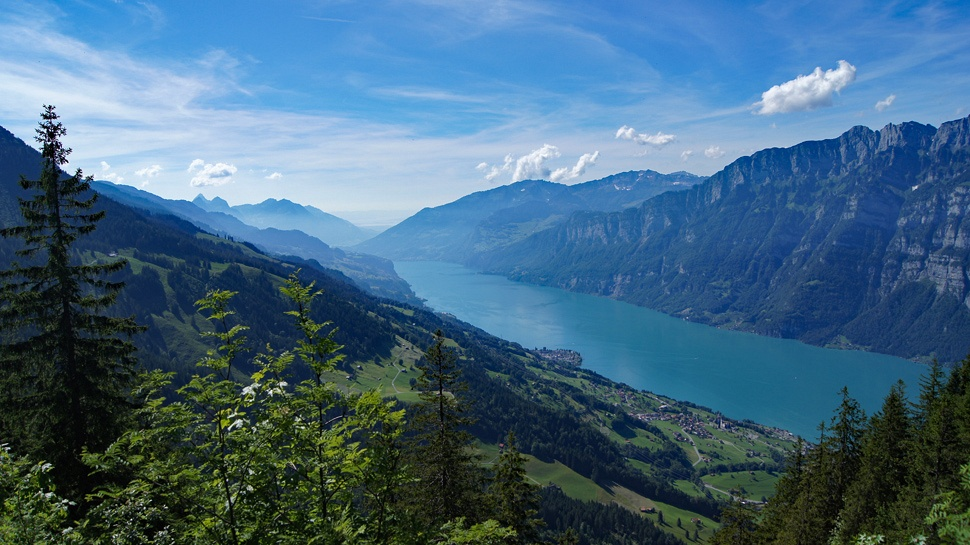Panorama sur le Walensee.